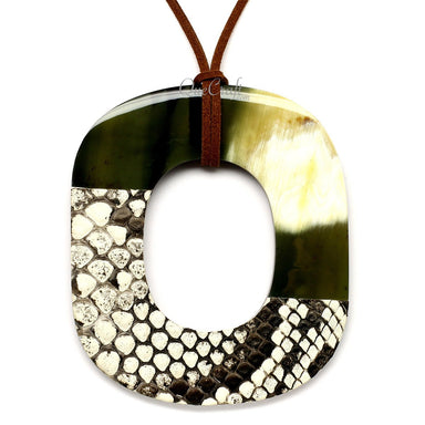 Horn & Leather Pendant #12456 - HORN.JEWELRY by QueCraft