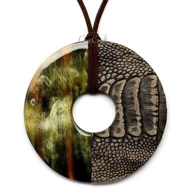 Horn & Leather Pendant #12480 - HORN.JEWELRY by QueCraft