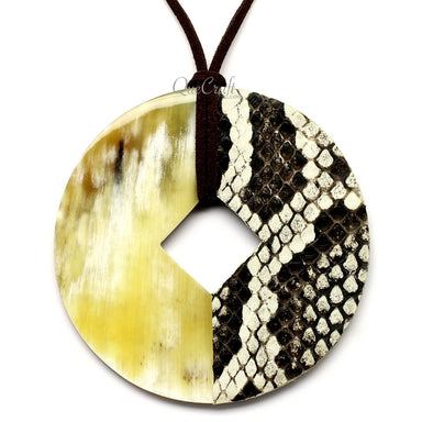Horn & Leather Pendant #12492 - HORN.JEWELRY by QueCraft