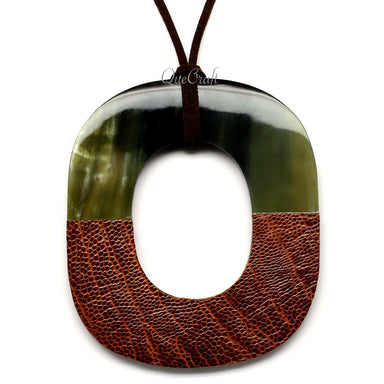 Horn & Leather Pendant #12500 - HORN.JEWELRY by QueCraft