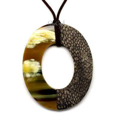 Horn & Leather Pendant #12507 - HORN.JEWELRY by QueCraft