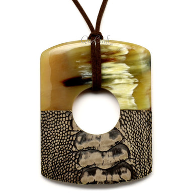 Horn & Leather Pendant #12519 - HORN.JEWELRY by QueCraft