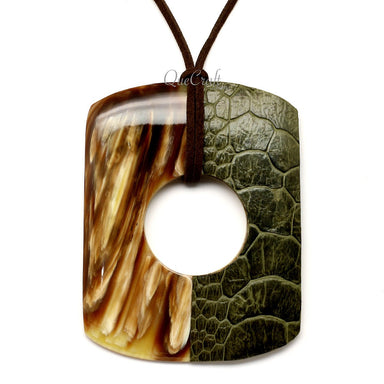 Horn & Leather Pendant #12520 - HORN.JEWELRY by QueCraft