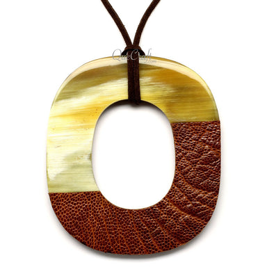 Horn & Leather Pendant #12528 - HORN.JEWELRY by QueCraft