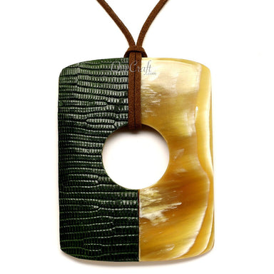 Horn & Leather Pendant #12638 - HORN.JEWELRY by QueCraft