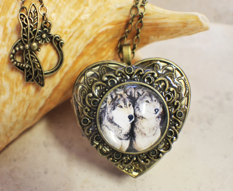 couples wolf necklace-american wolves