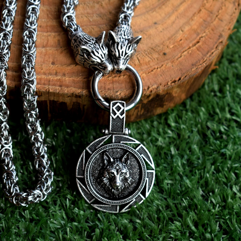 stainless steel silver wolf necklace-american wolves