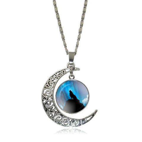 Blue Heaven Howling Wolf Necklace - American Wolves