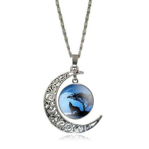 Full Blue Moon Howling Wolf Necklace - American Wolves