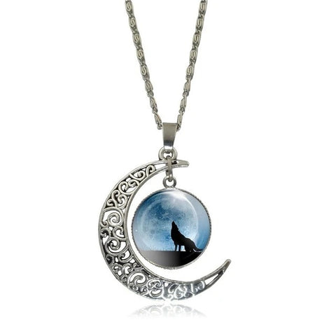 Full Moon Blue Wolf Necklace - American Wolves