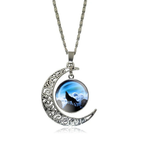 Howling To The Blue Moon Wolf Necklace - American Wolves