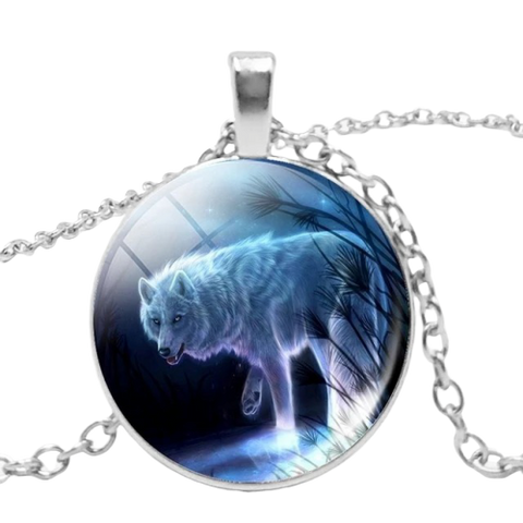 Leader Silver Wolf Necklace - American Wolves