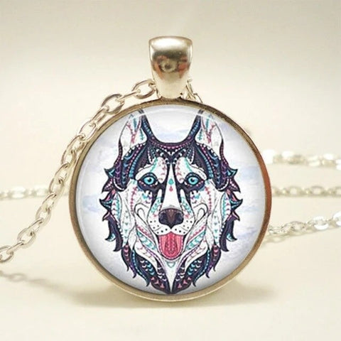 Silver Dreamy Wolf Necklace - American Wolves
