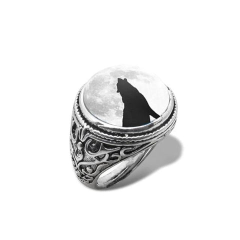 Moon Shadow Howling Wolf Ring - American Wolves