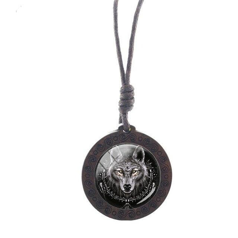 Charm King Wolf Necklace - American Wolves