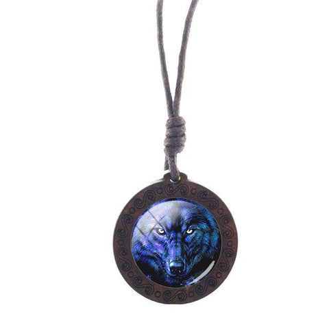 Charm Eyes On You Wolf Necklace - American Wolves