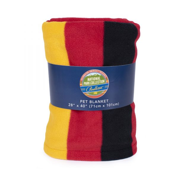 Mount Rainier National Park Pet Throw