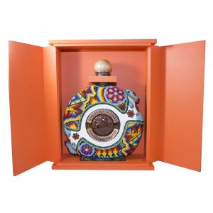 Dos Armadillos Tequila Extra Anejo Limited Edition Reserva Chaquira Beaded 750Ml