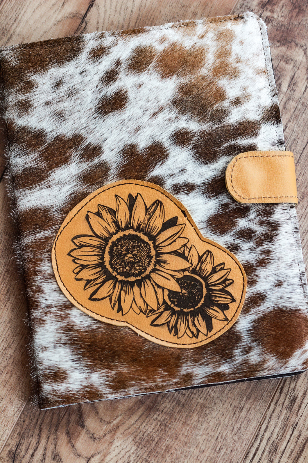 Sunflower 🌻 Cowhide Planner