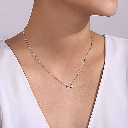 14K White Gold Rectangular Diamond Bar Fashion Necklace