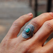 Load image into Gallery viewer, shield ring with turquoise - size 6.25