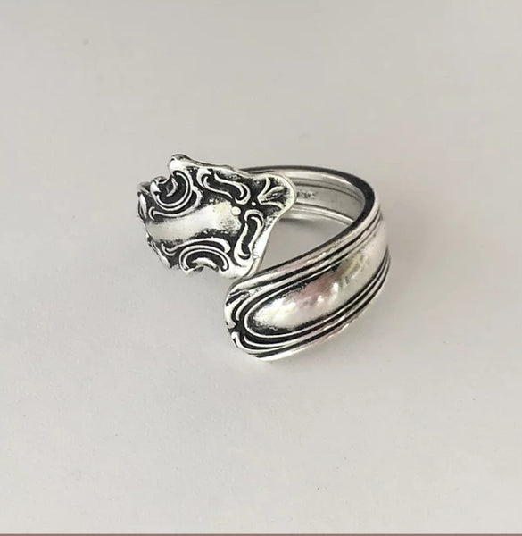 Solid sterling silver vintage spoon ring