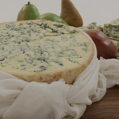 Creamy Blue Vein Wedge-Dairy-Gourmet Cheese Fiji-100g-Aggie Global Fiji