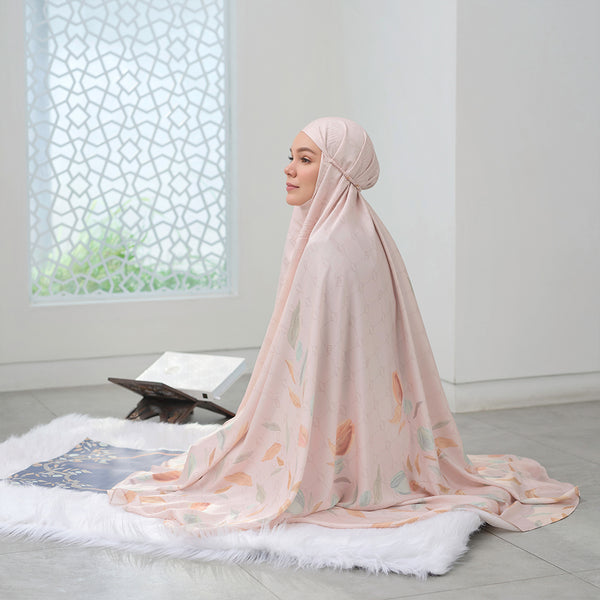Hajj - Signature Prayer Robe Cream