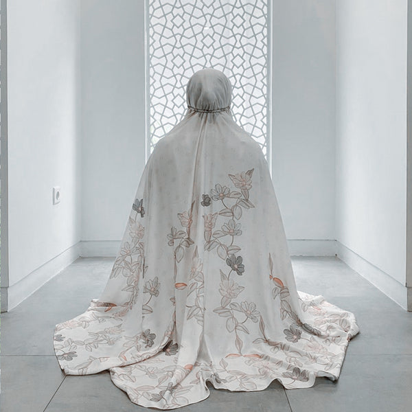 Signature Prayer Robe - Broken White