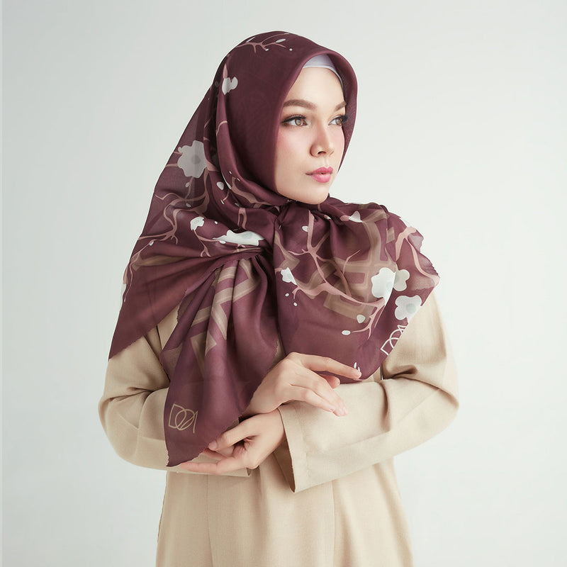 Jehan - Zaira Scarf SIganture (without brooch/perfume)