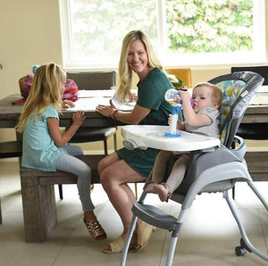 Time Saver: Hands-Free 360 Baby Bottle Feeder