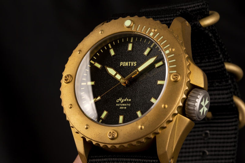 Pontvs Hydra Black | Brass Dive Watch | Beautiful Crown