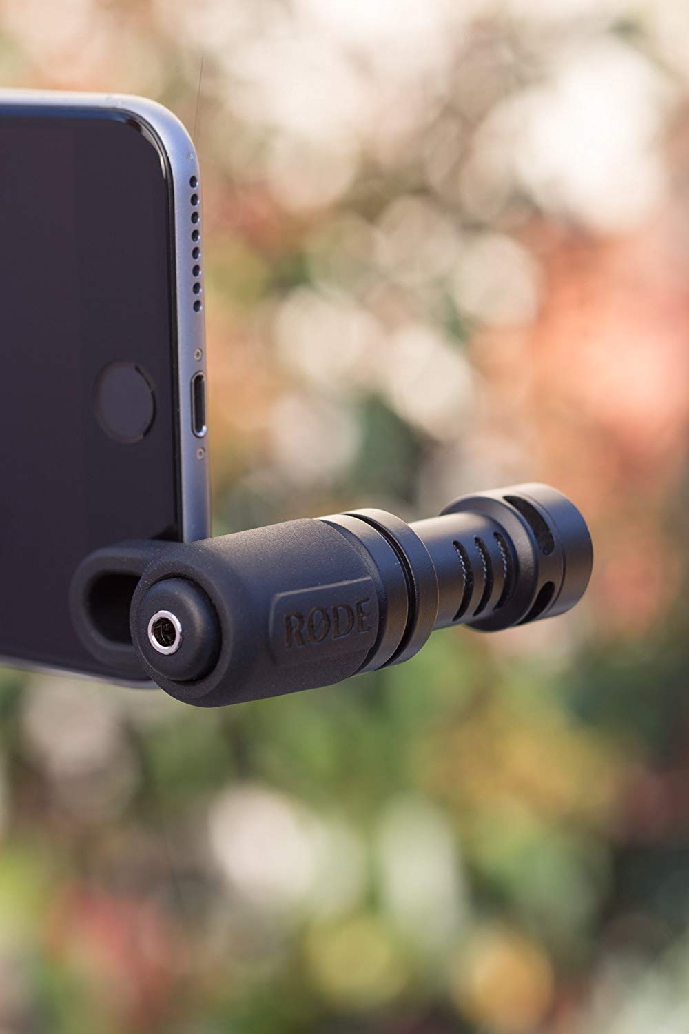 Rode VIDEOMICME VideoMic Me Directional Microphone for iPhones and iPad