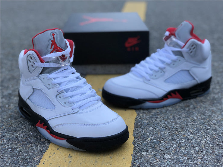 Jordan 5 Retro Fire Red Silver Tongue (2020)