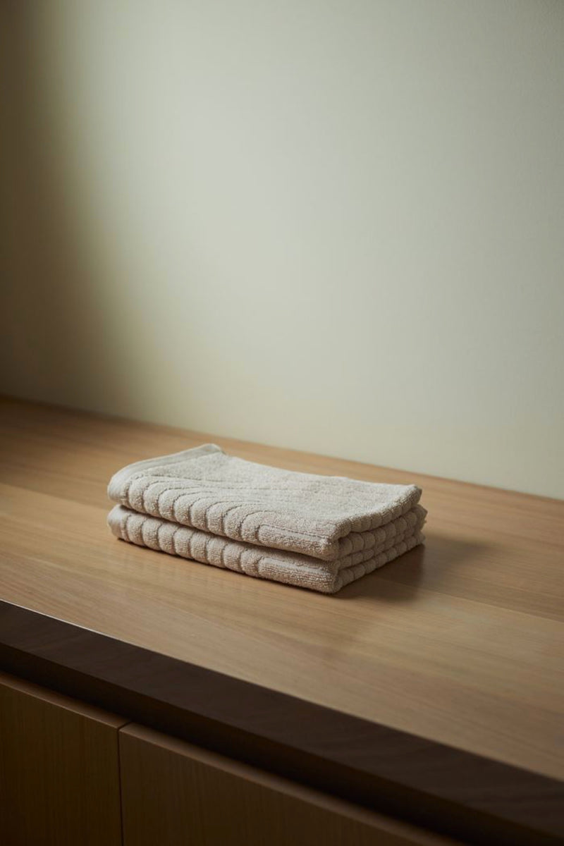 Clay Clovelly Hand Towel
