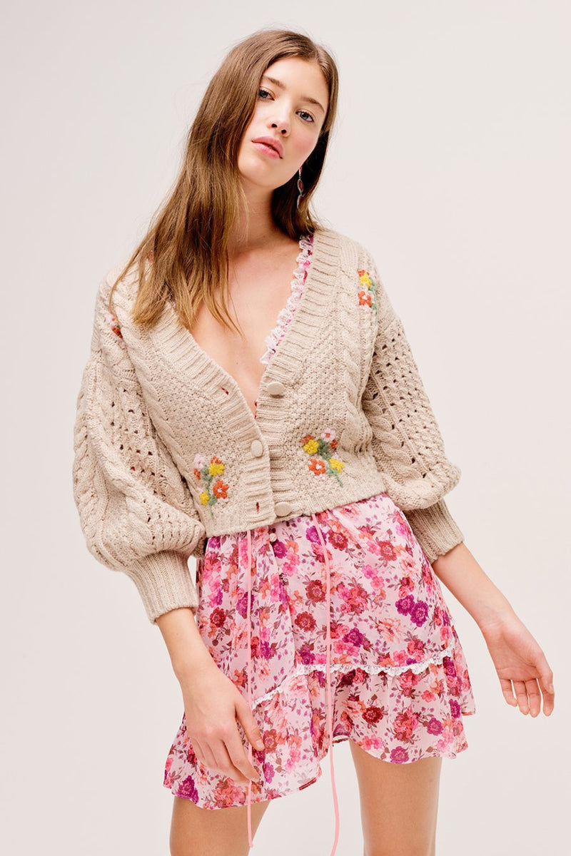 Wheat Amaryllis Cropped Cardigan