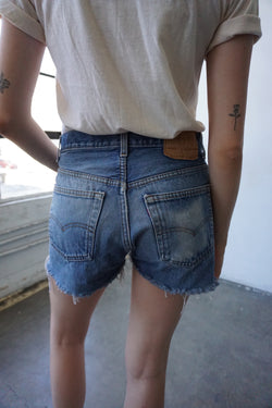 Medium/ Dark Wash 501 Cutoff