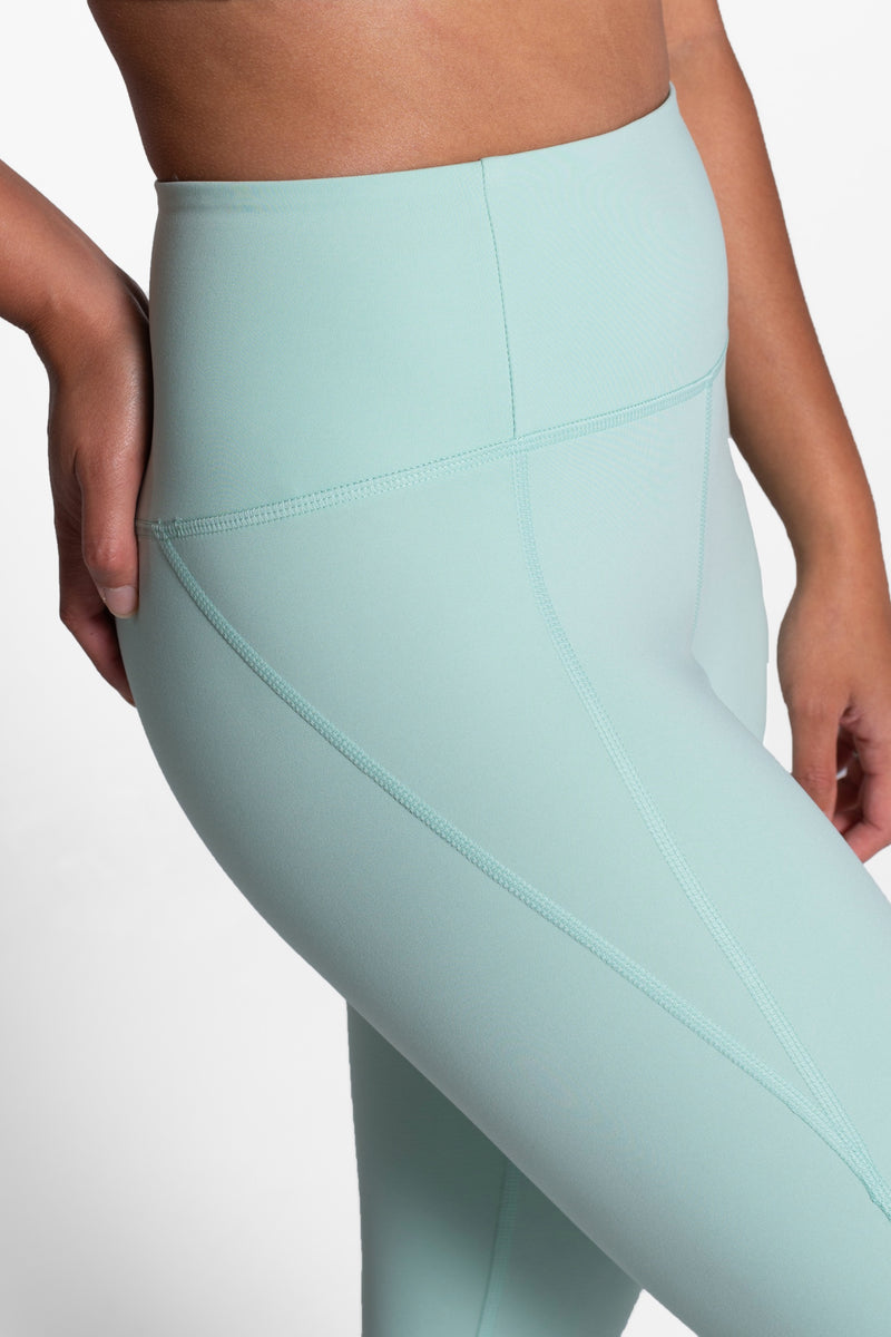 "23 3/4"" Foam High Rise Compressive Legging"