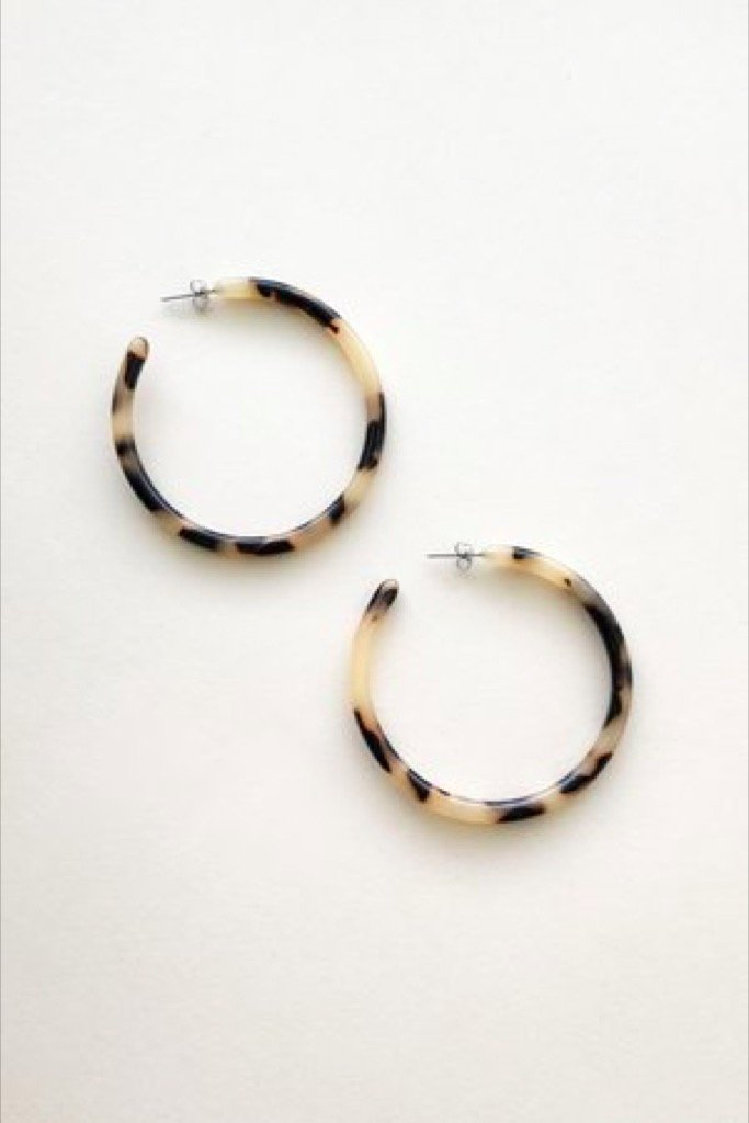 Blonde Tortoise Large Hoops