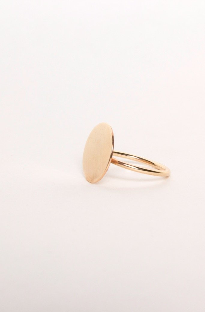 Gold Circle Signet Ring