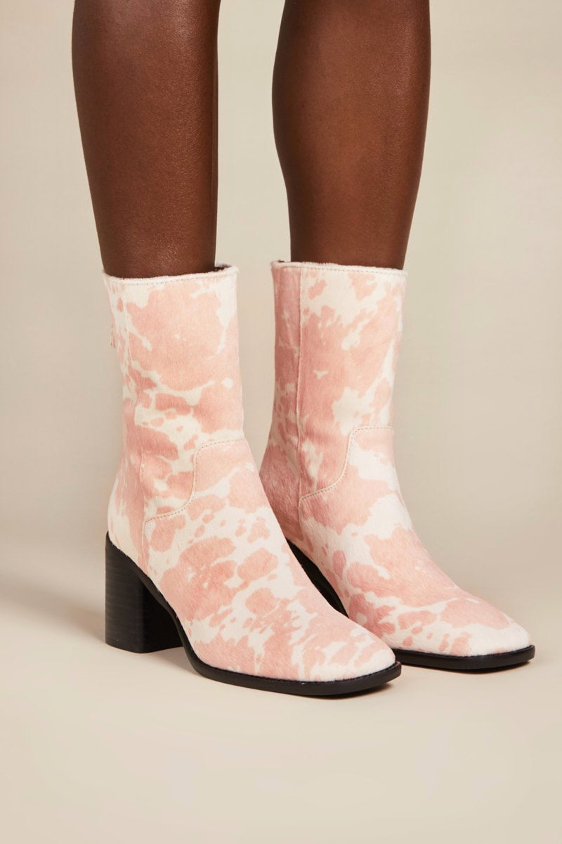 Moo Pink PG Boot