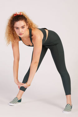 "23 3/4"" Moss High Rise Pocket Legging"