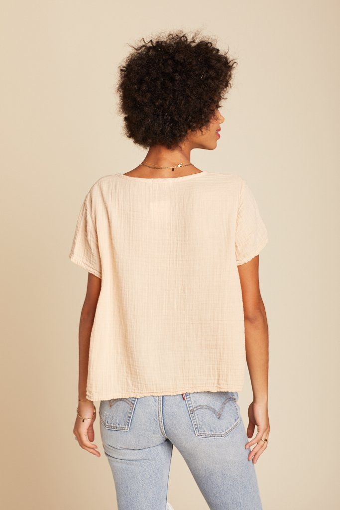 Biscuit Peach Top