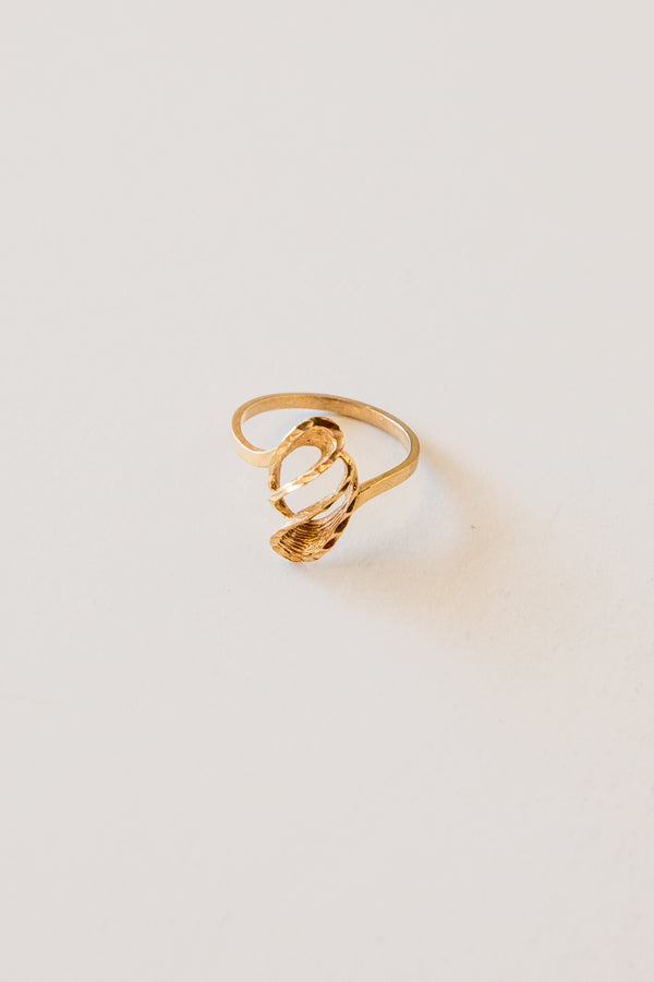 10k Gold Twisted Ring