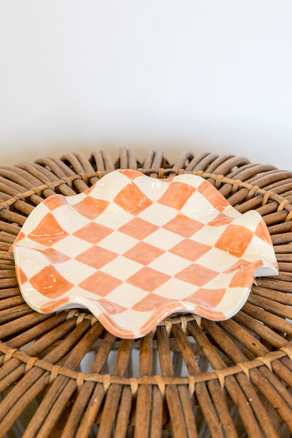 Terracotta Checkered Wavy Plate
