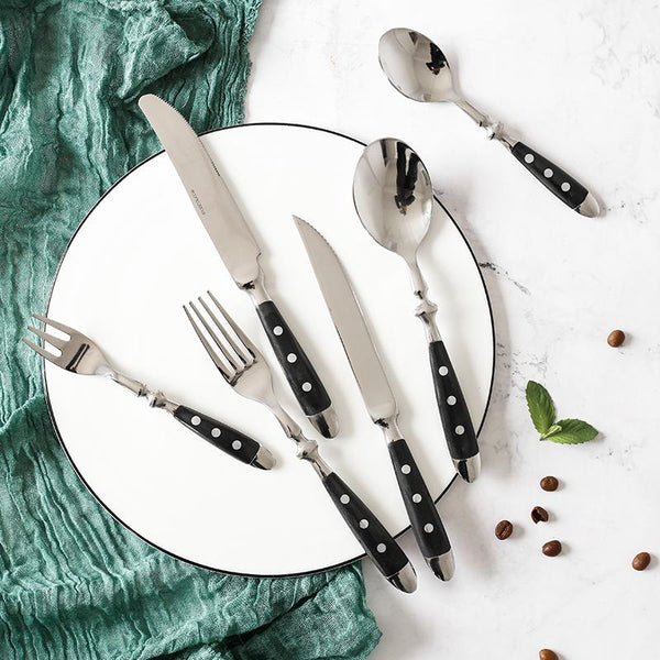 8 Great Tips On Ways To Decorate Your Dining Table With Amazing Flatware Sets <br>(#5 will drop open your jaw!)