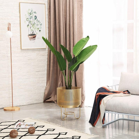 gold-mesh-planters-with-pedestal