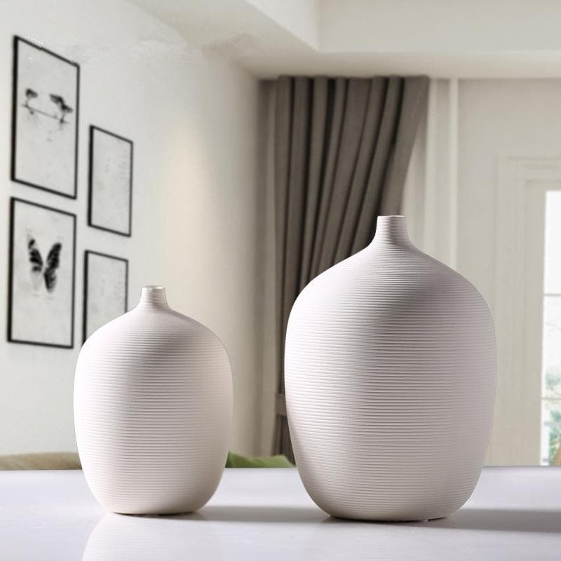 White pottery ceramic stoneware Vase with lines pattern