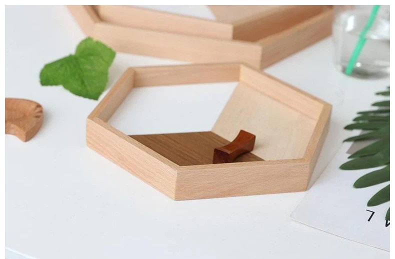 Hexagonal natural wood and white tray
