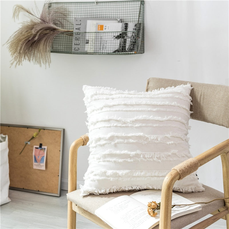 square Cotton Polyester Embroidered tassel white cushion cover with zipper